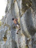 D.Gallo su Giovane guerriero, 7b+. Umpa Lumpa (Modica-Rg)